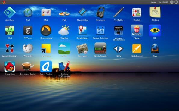 """Desktop im Browser: Carbyn ist ein HTML5-Betriebssystem und bildet einen klassischen Desktop ab – der sich mit jedem HTML5-fähigen Browser in jedem beliebigen """"echten"""" Betriebssystem aufrufen lässt."""