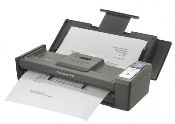 Mobile Scanner wie der Scanmate i940 von Kodak verarbeiten trotz ihrer geringen Größe bis zu 500 Seiten pro Tag.