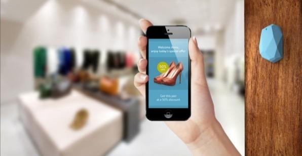 Estimote ist einer der ersten Anbieter von Beacon-Sendemodulen und zeigt hier ein Anwendungsbeispiel von iBeacon im Schuhladen.