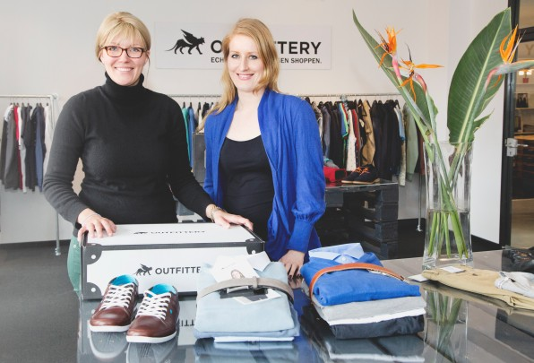 Die beiden Outfittery-Gründerinnern Julia Bösch und Anna Alex haben sich bei Zalando kennengelernt. (Foto: Dimitri Hempel)
