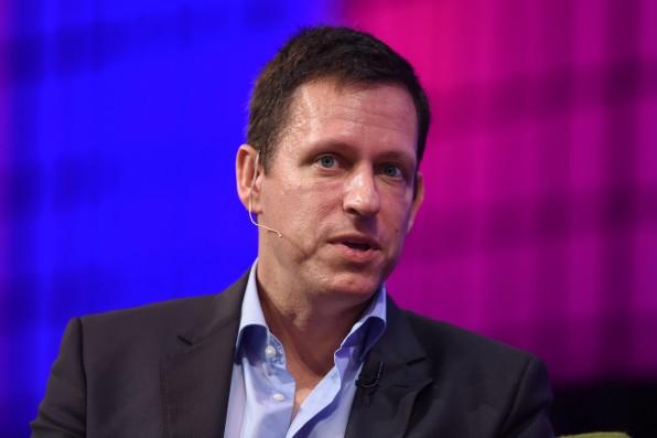 Der Tod sollte laut Peter Thiel als Problem gesehen werden, dass sich lösen lässt. Thiel steckt deshalb viel Geld in entsprechende Forschung zur Lebensverlängerung. (Foto: Websummit / Flickr, Lizenz: CC-BY 2.0)