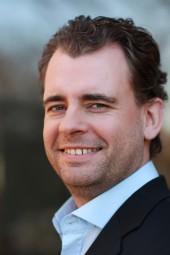 """Social-Media-Experte und Digital-Stratege Christoph Deegs hält Gamification in Unternehmen für sinnvoll, doch eine App alleine reiche nicht aus: """"Gamification ist ein übergreifender Management-Ansatz"""", meint er."""