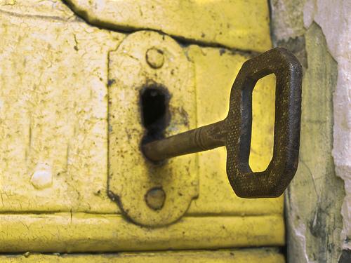 Das Thema WordPress-Sicherheit ist derzeit in aller Munde. Security-Plugins können beim Schutz vor Angriffen helfen. Foto: Mirko Macari, Flickr.com. Lizenz: CC BY 2.0.