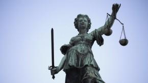 Blogger verklagt Bildagentur: Vergeltung für anhaltende Abmahnwelle