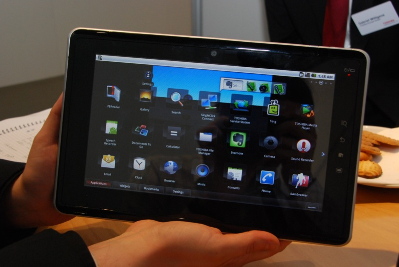 t3n Tablet Tour: Toshiba Folio 100 – Das Tablet, das ein Netbook war