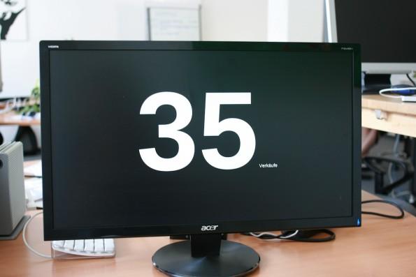 monitoring fertig 595x397 Monitoring Lösung im Selbstbau: Mini PC BIS 6620 + HDMI Monitor + Linux