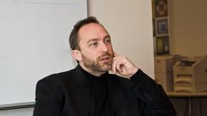 Jimmy Wales beklagt Autorenrückgang bei Wikipedia