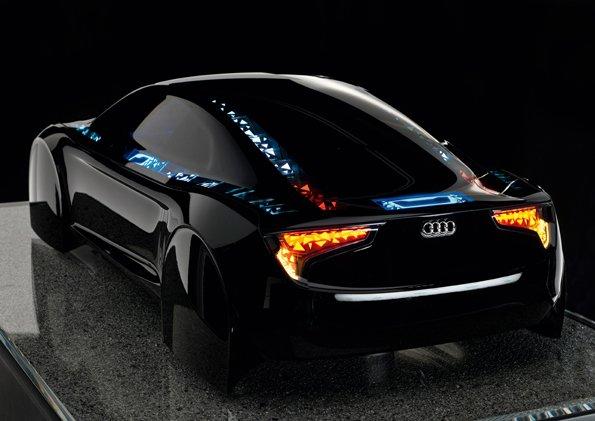 Sieht aus wie das Tron-Auto - der OLED-Prototyp von Audi (Bild: Engadget).