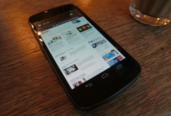 Das Samsung Galaxy Nexus ist das aktuelle Modell der Google Nexus-Reihe
