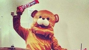 KitKat wirbt mit Pedobear-Lookalike im Social Web