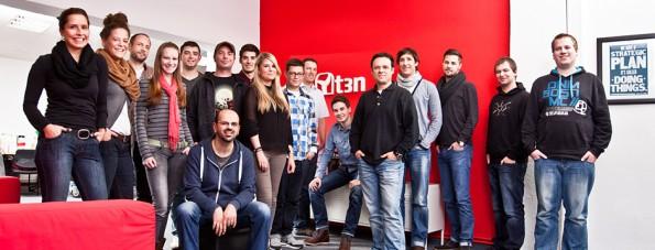 Bei t3n erwartet dich ein junges Team und freundliche Kollegen.