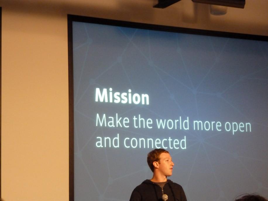 Facebooks Quartalszahlen und Jahreszahlen: deutlich mehr mobile Nutzer und mobile Werbeeinnahmen.