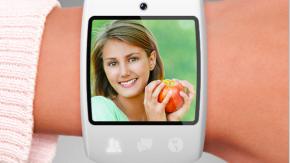 """""""Facebook Now"""": Smartwatch agiert mit Smartphone und lädt sich per Körperwärme auf"""