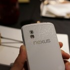 Nexus4_weiss_2