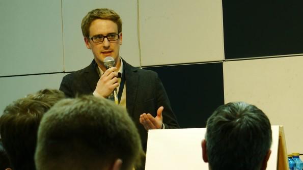 Fabian Schuttenberg von Systopia Organisationsberatung sprach auf der re:publica 2013 über Social CRM.