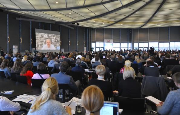 Julian Assange auf dem ConventionCamp 2012: Eine düstere Zukunft gezeichnet