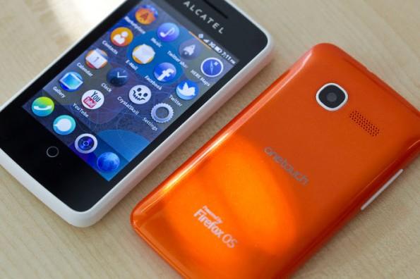 Firefox OS: Ab Herbst gibt es auch bei uns ein Smartphone mit dem Mozilla-Betriebssystem. (Bild: Deutsche Telekom)
