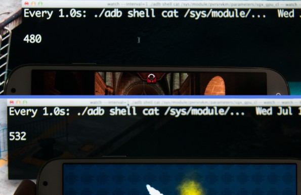 """Das Galaxy S4 beim Ausführen einer """"normalen"""" Anwendung (oben) und eines der betroffenen Benchmarks (unten). Darüber steht die jeweilige GPU-Frequenz. (Bildquelle: AnandTech.com)"""