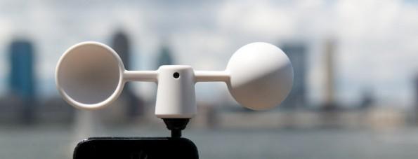 Mit dem Vaavud Wind Meter kann euer Smartphone die Windgeschwindigkeit messen. (Bild: Grand St.)