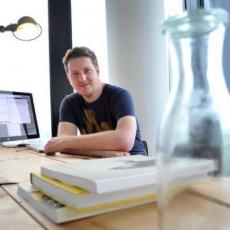 """Stefan Plöchinger: """"Ich wünsche mir als Journalist natürlich dringend publizistische Ideen, die über die leider üblichen Reichweitenzaubereien hinausgehen."""""""