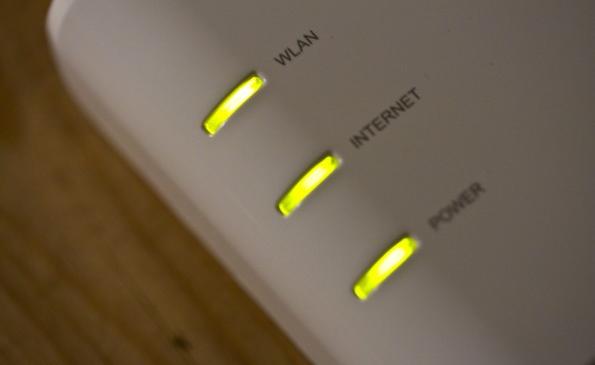 Die Bundesnetzagentur möchte in der Debatte um den Routerzwang für Klarheit sorgen. (Bild: Flickr, nrkbeta / CC BY-SA 2.0)