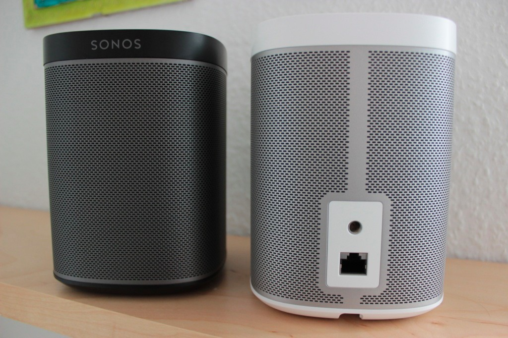 sonos play 1 schickes kompaktes wireless hifi. Black Bedroom Furniture Sets. Home Design Ideas