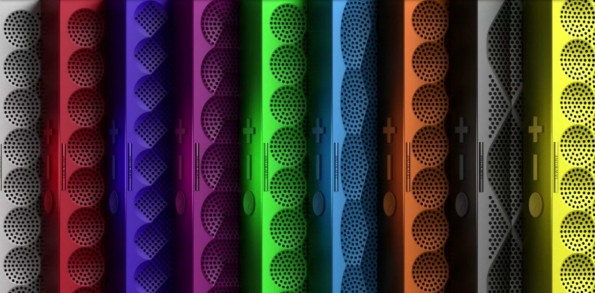 Farbige Vielfalt, aber beim Sound leider nicht mit dem großen Bruder zu vergleichen: die Mini Jambox. (Bild: Jawbone).