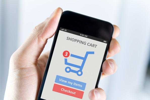 """""""Der E-Commerce ist die zeitgemäße Form des Katalog-Versenders"""" (Foto: bloomua – Fotolia.com)"""