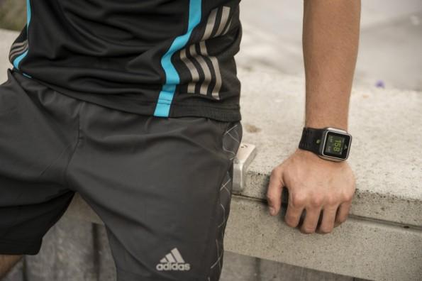 Ein Weihnachtsgeschenk für sportliche Geeks – die miCoach Smart Run von Adidas. (Bild: Adidas).