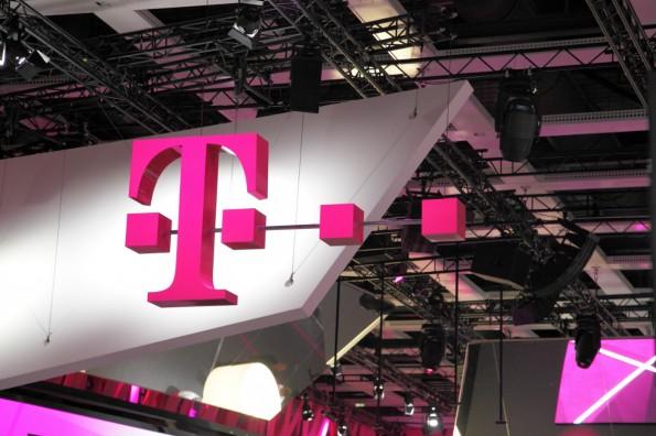 Die Deutsche Telekom schließt ihren digitalen Softwarevertrieb großflächig. Jetzt stehen Musicload und Gamesload zum Verkauf. (Foto CC – wikimedia by Bin im Garten)
