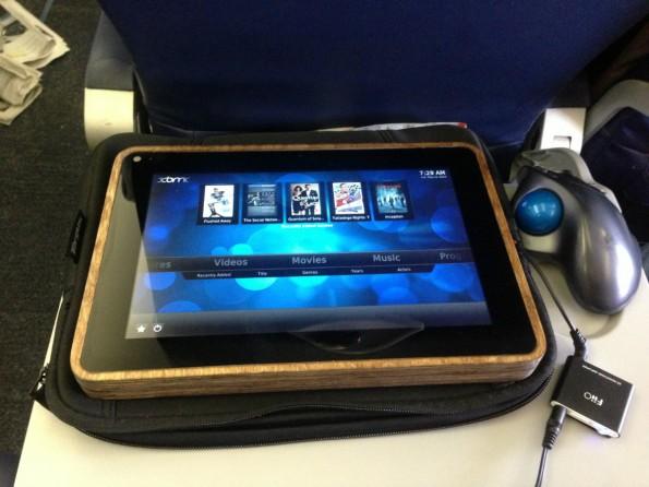 Das PiPad in der freien Natur: Ein Raspberry-Pi-Tablet der Marke Eigenbau. (Foto: Michael Castor)