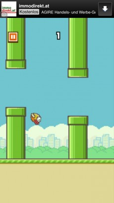 Flappy Bird: Das kostenlose Spiel ist der neuste App-Erfolg und bringt dem vietnamesischen Entwickler 50.000 Dollar pro Tag ein – nur durch Werbeeinnahmen. (Screenshot: Flappy Bird)