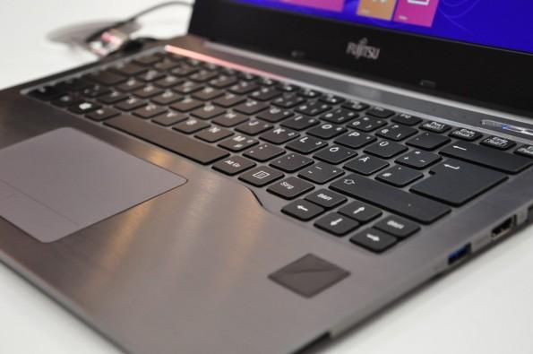 Das neue Fujitsu Lifebook U904 mit Venenscanner. (Foto: t3n)