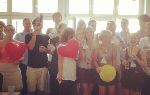 Ein fast alltägliches Startup: Das Team des Online-Sexshops Amorelie. (Foto: amorelie.de)