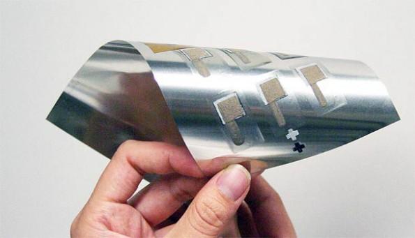 Dank Imprint Energy könnte der Smartphone-Akku in Zukunft aus dem Drucker kommen. Extrem biegsam und klein. (Foto: Imprint Energy)