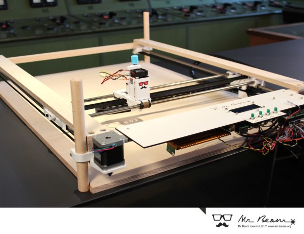 open source portabler lasercutter mr beam landet auf kickstarter t3n. Black Bedroom Furniture Sets. Home Design Ideas