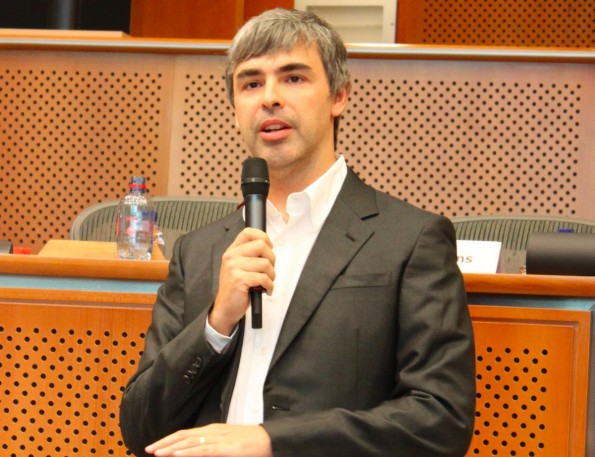 Larry Page: Der Google-CEO interessiert sich mehr für den Zahnbürsten-Test als für den Umsatz eines Übernahmekandidaten. (Foto: Marcin Mycielski / Wikipedia Lizenz: CC BY-SA 3.0)