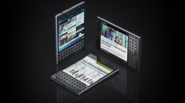 Dünn aber breit: Das neue BlackBerry Passport. (Bild: BlackBerry)
