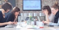 Das My-Little-Paris-Office. (Screenshot: Youtube)