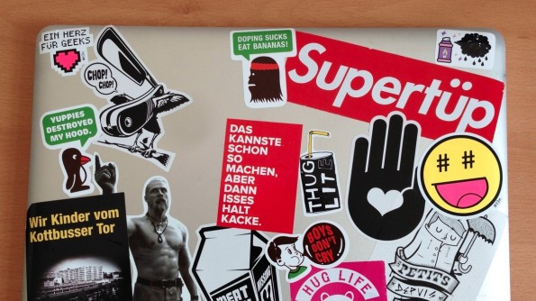 Das Notebook unseres Social-Media-Managers Alex. (Foto: t3n)