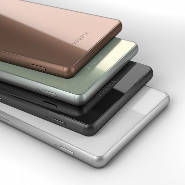 In vielen verschiedenen Farben erhältlich und wasserdicht: Das Sony Xperia Z3. (Bild: Sony)