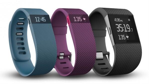 Charge, Charge HR und Surge heißen die Neuheiten von Fitbit. (Bild: Fitbit)
