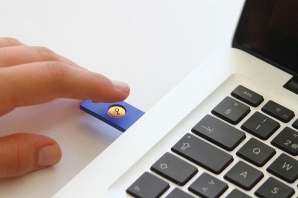 Google Security Key: USB-Token soll für mehr Sicherheit sorgen. (Foto: Yubico)