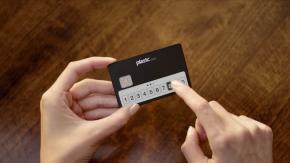 Portemonnaie war gestern: Dieses Startup hievt die Kreditkarte ins 21. Jahrhundert