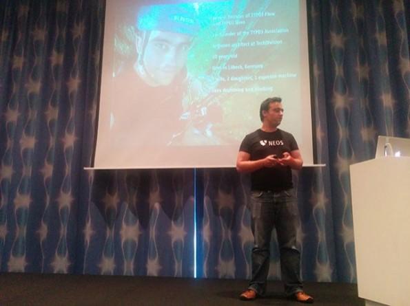 Robert Lemke sprach auf der T3CON14 in Berlin über die Zukunft von TYPO3 Neos. (Foto: anders und sehr)