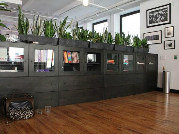 Schick und grün: Die Büroräume von Tumblr in New York. (Foto: Daniel Goodman / Business Insider)