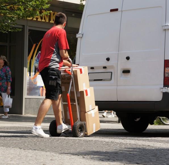 paketdienst zustellung sendung