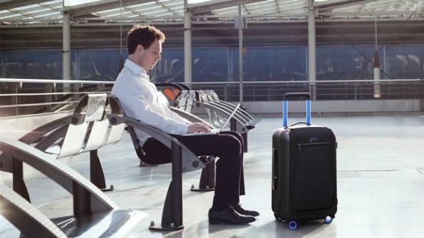 Der Hightech-Koffer Bluesmart soll Geschäftsreisende unterstützen. (Foto: Martin Diz/Indiegogo)