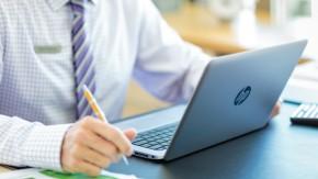 Leichter als das MacBook Air: HPs Folio 1020 soll auch optisch begeistern