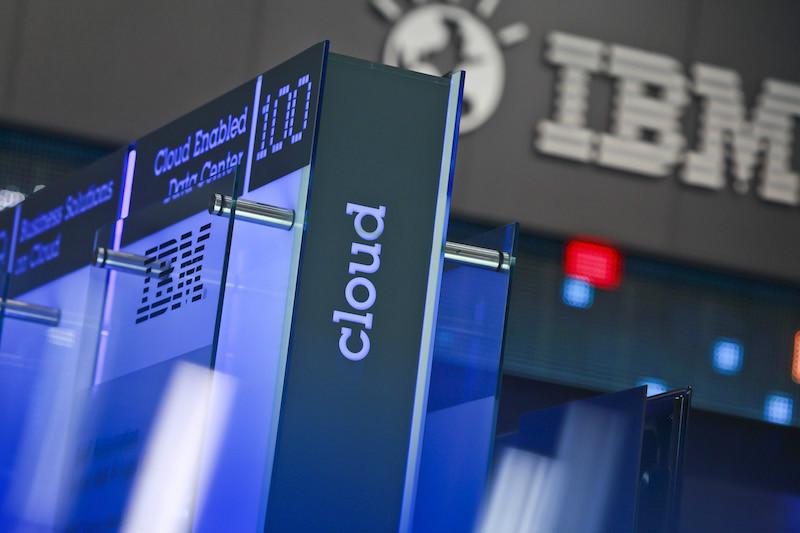 Mehr Sicherheit in der Cloud: IBM führt Blockchain-Services ein